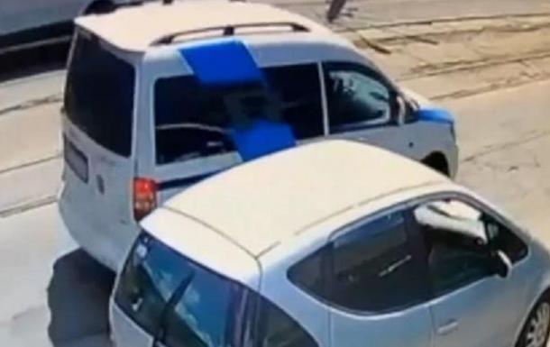У Вінниці автомобіль збив подружжя на пішохідному переході