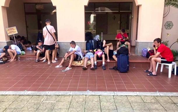 Мошенники оставили в Болгарии без средств 97 юных спортсменов из Винницы