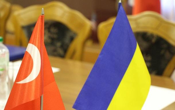 Туреччина має намір направити в Україну військових інструкторів
