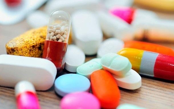 ЄС назвав перші препарати для лікування COVID-19