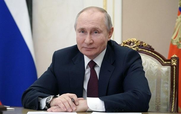 Путін розповів, якою вакциною прищепився