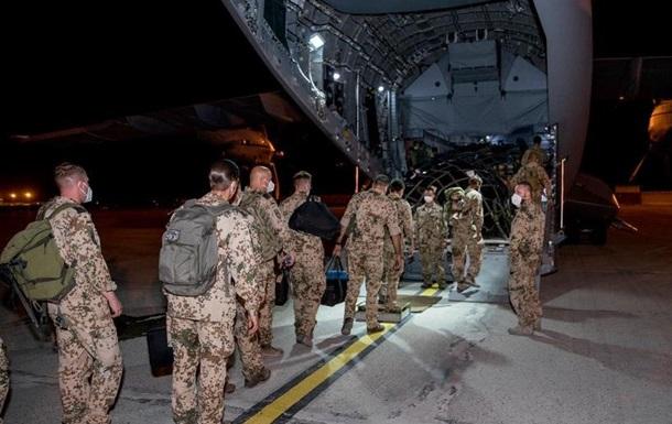 Німеччина й Італія вивели своїх військових з Афганістану