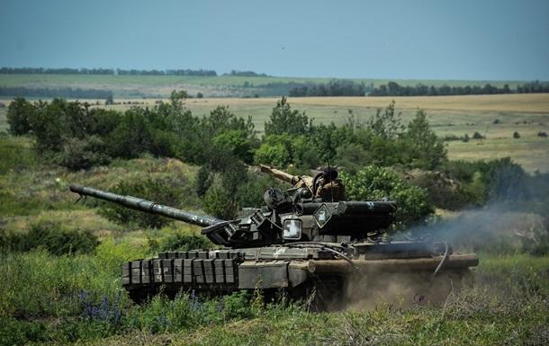 ЗСУ провели танкові маневри в районі ООС