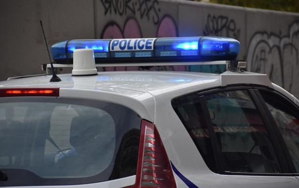 Во Франции застрелили вооруженного ножом на ж/д станции