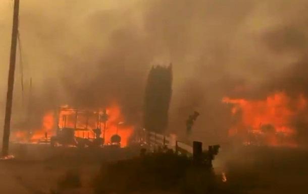 У Канаді пожежа знищила місто, де було зафіксовано майже +50