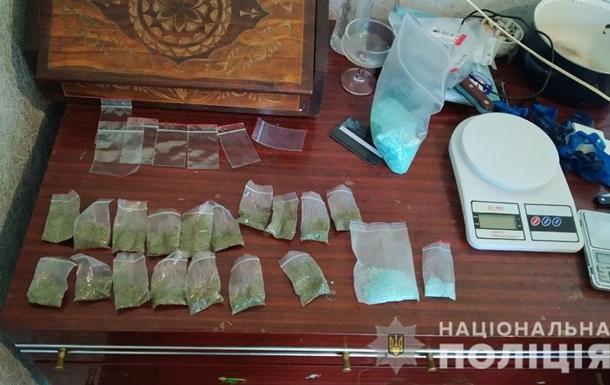 У Харкові військовий торгував наркотиками