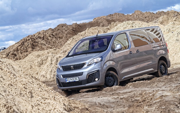 К приключениям готов: новые возможности Peugeot Traveller Dangel 4x4