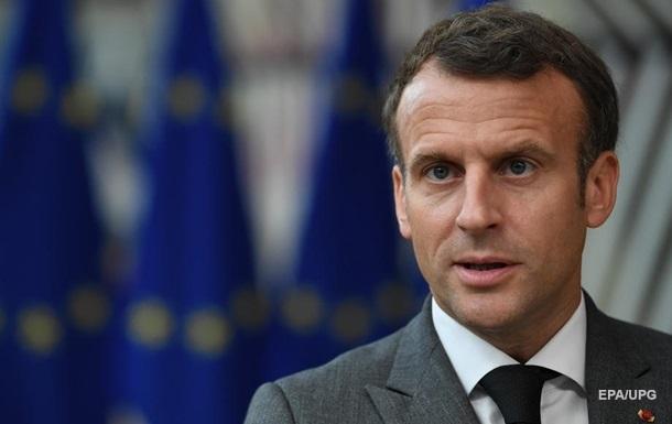 Макрон нагадав Путіну про важливість  Нормандії
