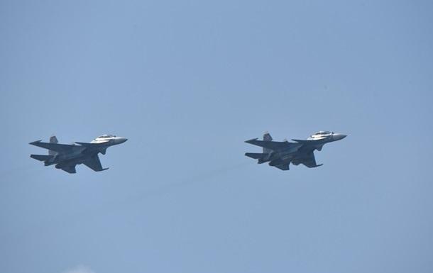 Россия провела учения авиации над Черным морем