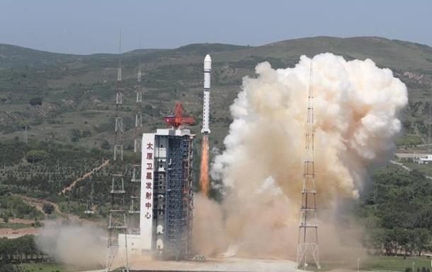 Китай вивів на орбіту п ять супутників