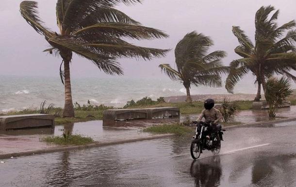 Жертвами шторму Ельза в Карибському морі стали три людини