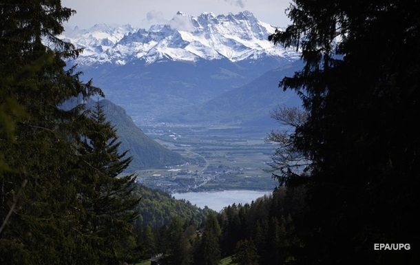 В Альпах на смерть замерзли двоє жінок