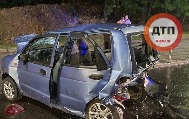 В Киеве Subaru протаранил три авто при оформлении ДТП - «ДТП»