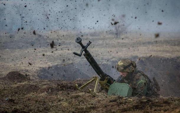 Сутки на Донбассе: шесть обстрелов, у ВСУ потери