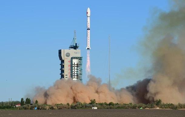 Китай запустил на орбиту метеорологический спутник