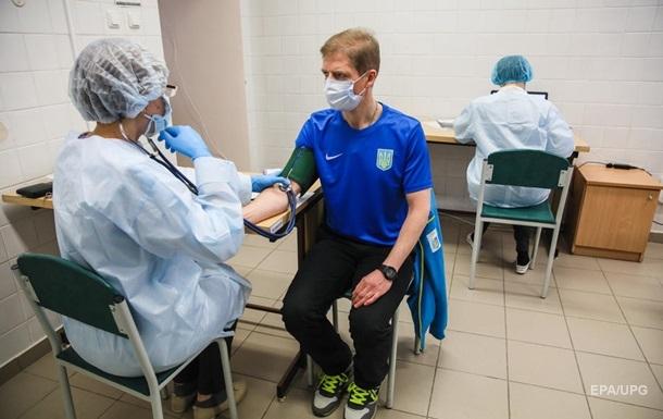 Смерть після Pfizer. Як йде вакцинація в Україні
