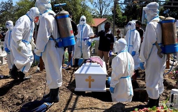 Число жертв пандемии в мире превысило 4 млн