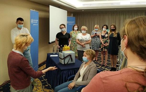 В Украине к вакцинации от COVID привлекут студентов-медиков