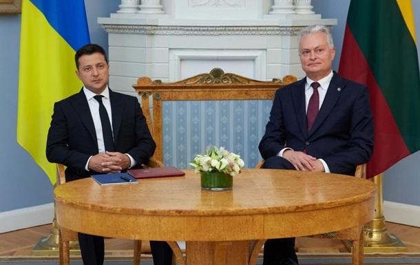 Зеленский проводит встречу с президентом Литвы