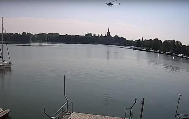Появилось видео падения вертолета в Польше