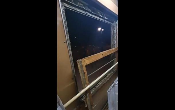 В поезде Укрзализныци выпало окно