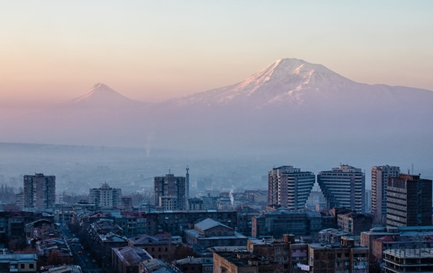 Карантин у Вірменії продовжили майже до Нового року