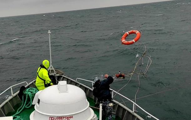 На учениях Sea Breeze десантника унесло в море