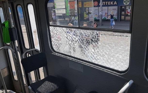 У Харкові стріляли по трамваю з пасажирами