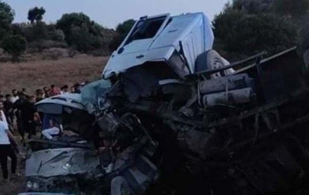 В Алжире в двух ДТП погибли почти 30 человек - «ДТП»