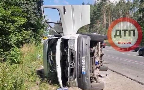 Под Киевом восемь человек пострадали в ДТП с маршруткой - «ДТП»