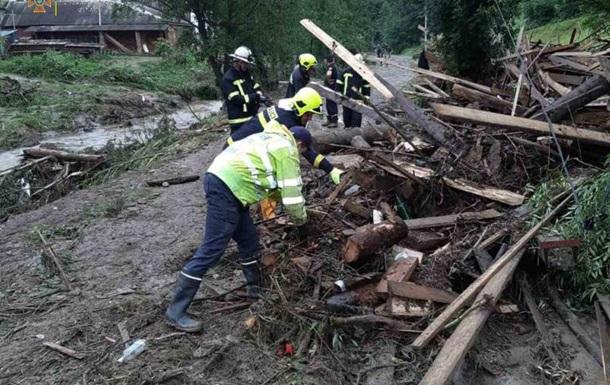 Нацгвардию привлекли к ликвидации последствий урагана на Закарпатье