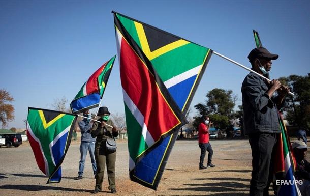 В ЮАР продлят COVID-ограничения