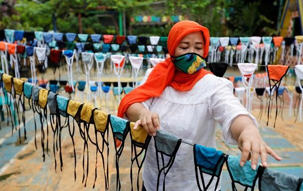 Индонезия лидирует по приросту COVID
