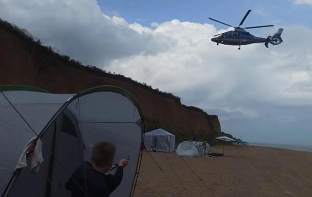 Під Одесою вертоліт зніс кемпінг