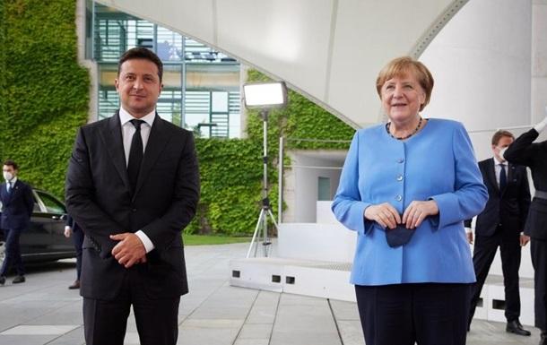 Визит Зеленского к Меркель. Что обещают в Германии