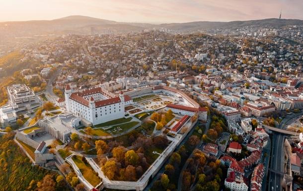 КС Словаччини скасував обов язковий карантин для в їжджаючих