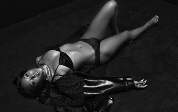 Наоми Кэмпбелл снялась в бикини для рекламы