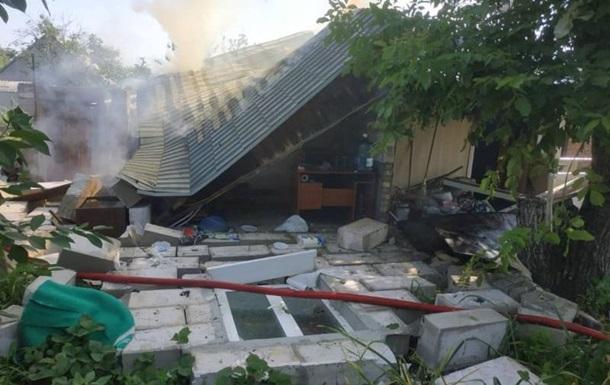 В Смеле взрыв разрушил частный дом, погиб мужчина