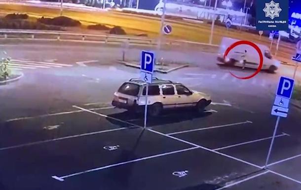 Патрульні затримали сплячого п яного автовикрадача