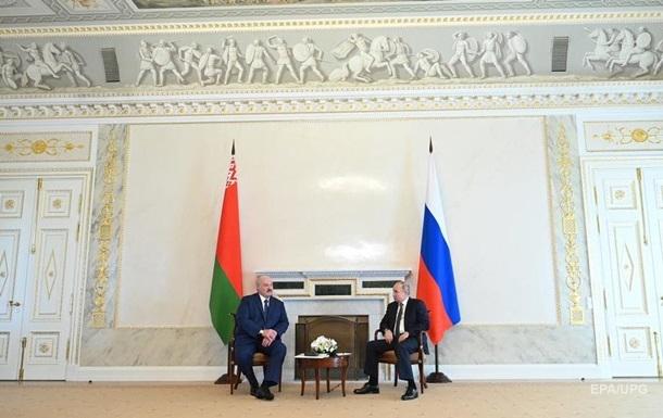 Путін обговорив з Лукашенком війська НАТО в Україні