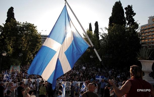 В Греции тысячи людей протестовали против обязательной вакцинации