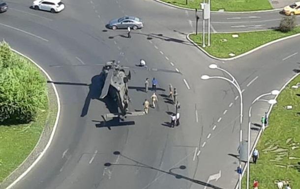 У центрі Бухареста аварійно сів вертоліт США