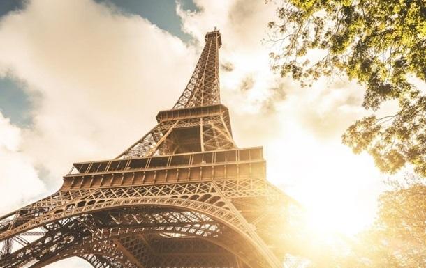 Ейфелева вежа почне приймати відвідувачів 16 липня
