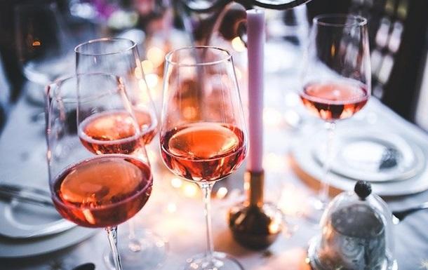 Вчені оцінили вплив алкоголю на розвиток раку