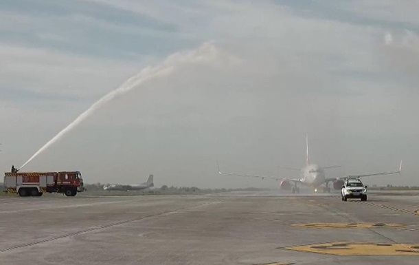 В аеропорту Одеси відкрили нову смугу