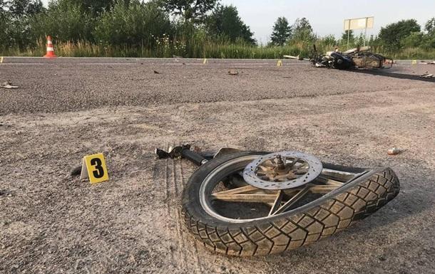 У ДТП з громадянами США загинули мотоциклісти