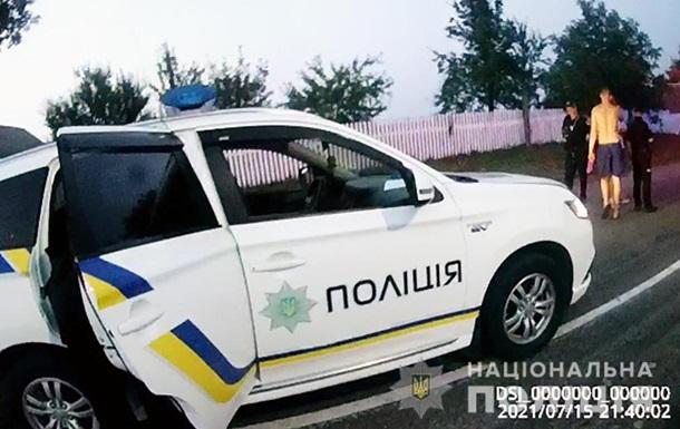 На Житомирщине пьяный водитель застрял в  пробке  коров