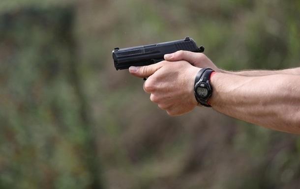 В Одессе полицейский выстрелил себе в живот