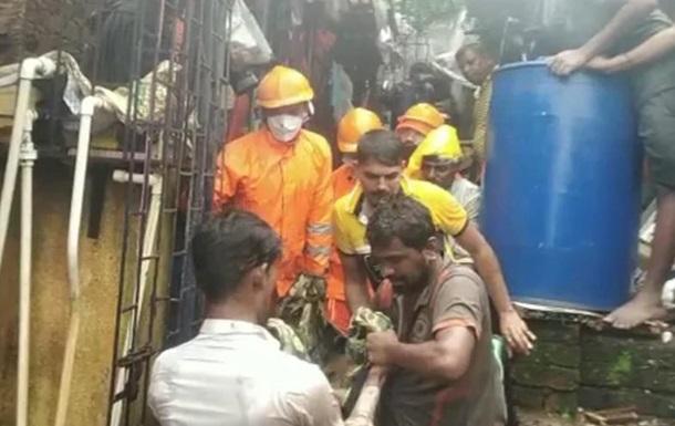 В Индии 15 человек погибли из-за обрушений зданий