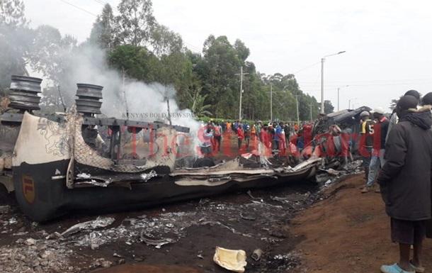У Кенії вибухнув бензовоз, 13 жертв